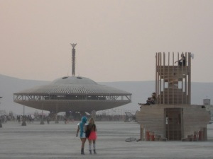 2013-10-17-BurningManSpaceshipTemp