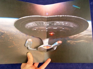 6207-1579 Davis Elen Star Trek Magazine Insert Illuminating Spaceship b
